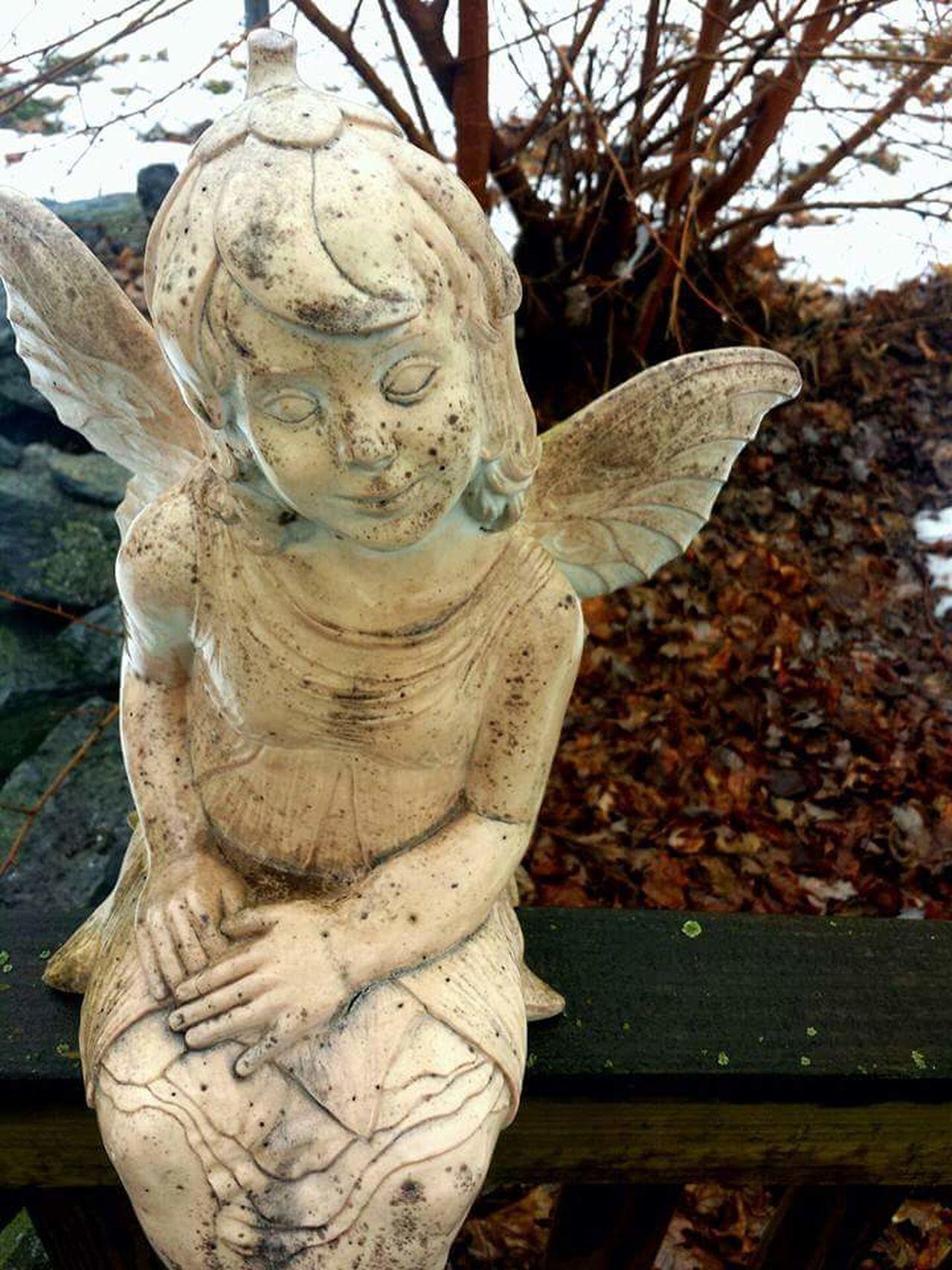 Angel Rainy Days Smithsburg Maryland Maryland Statue