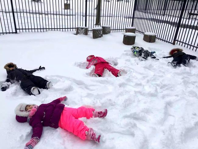 Enjoying Life Cute Baby Baby Taking Photos EyeEmBestPics EyeEm Best Shots Stree Photography The Moment Happy Day☺ Today's Hot Look Eye4photography  Happy Time 😛 😁 💎 ✌ Snow ❄ Snow Snow Day Cute Girl