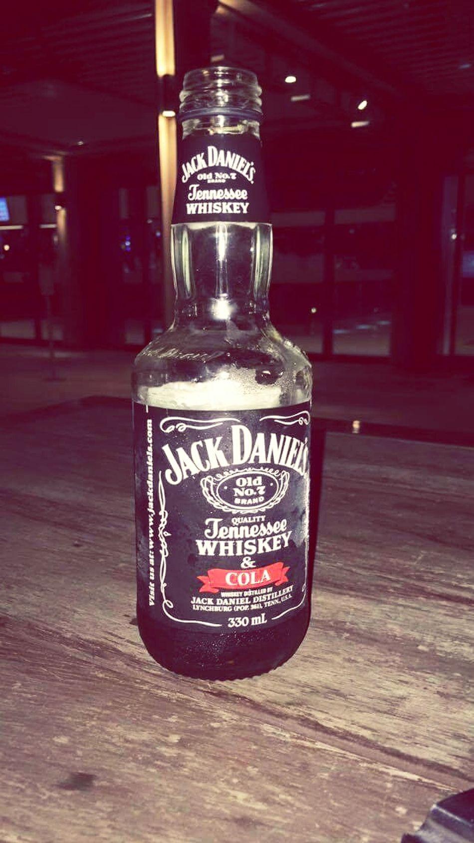 My friend Jack Jackdaniels Jack JD Jd&coke Alcohol Whiskey Drinking Relaxing Enjoying Life Taking Photos