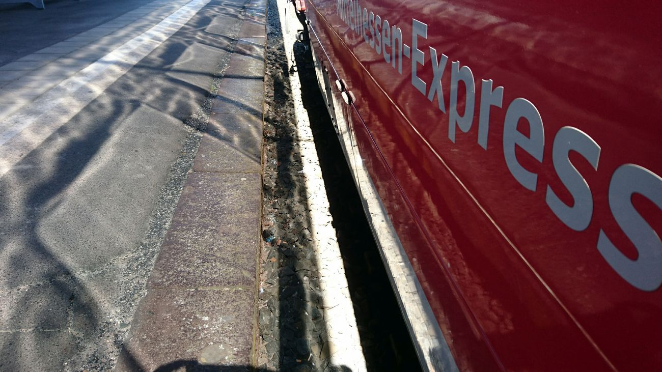 Hitzewelle... Public Transportation EyeEm Best Shots - The Streets EyeEm Deutschland Mittelhessen-Express Hello World Sony Xperia Z5 Compact Sony Xperia