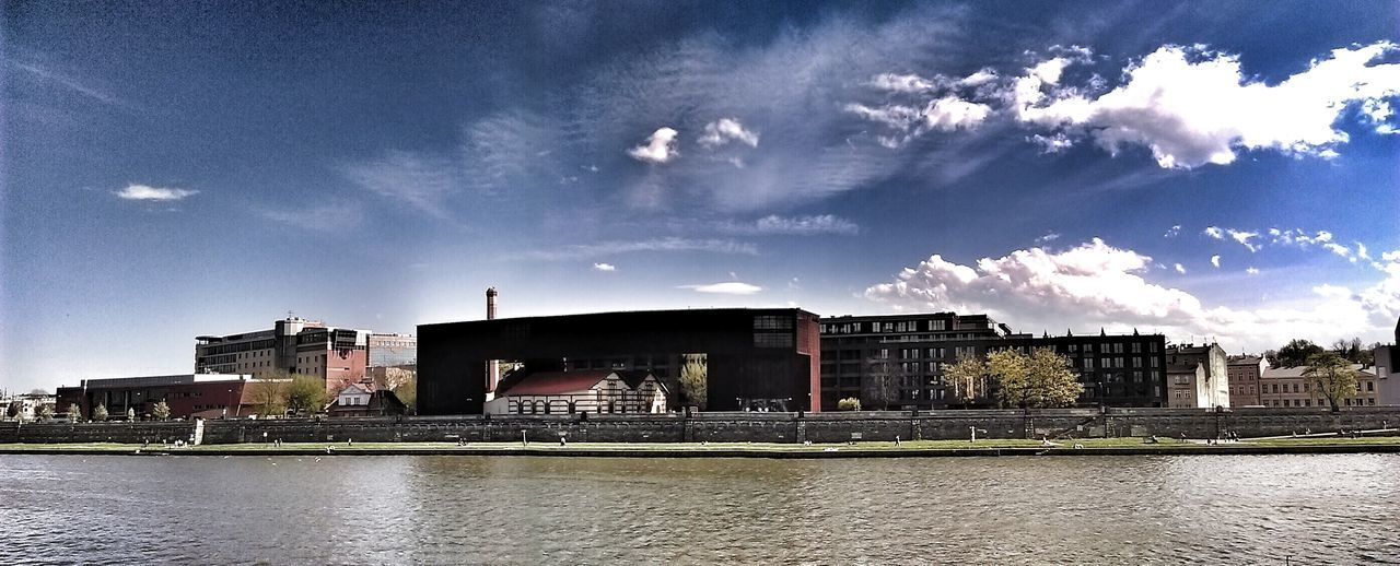 architecture, built structure, building exterior, sky, cloud - sky, water, river, waterfront, day, no people, outdoors, city, nature