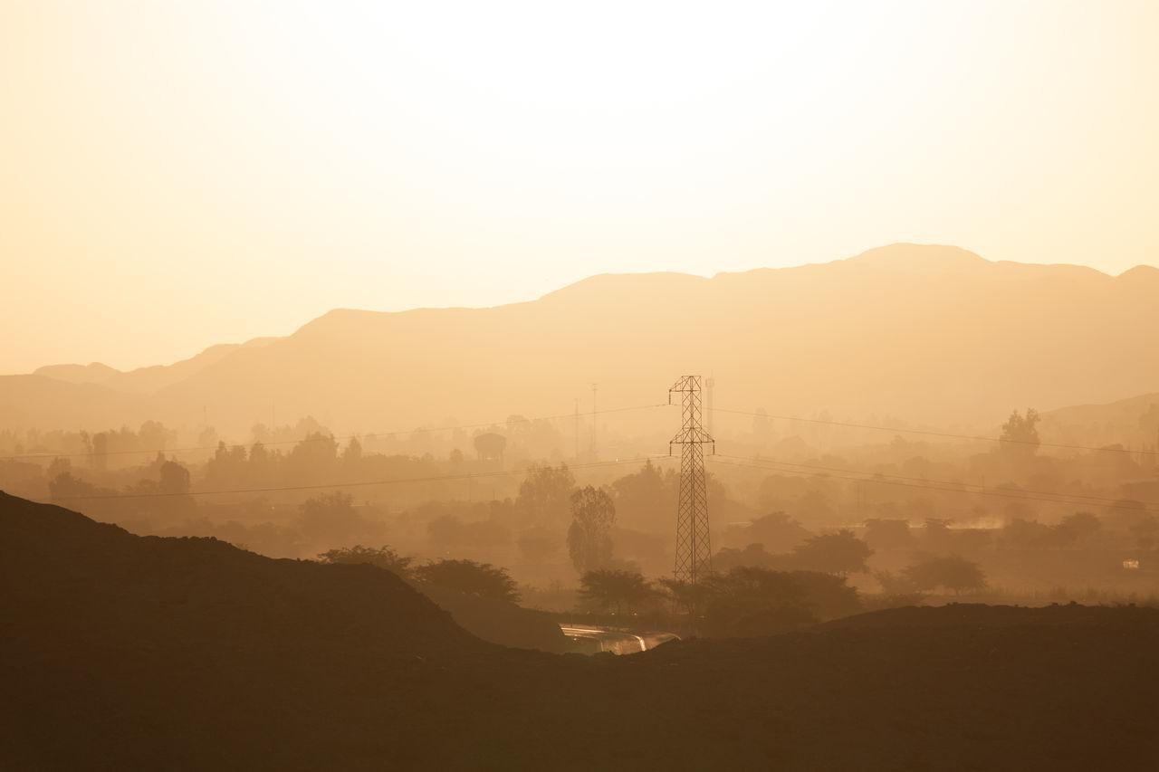 Beautiful stock photos of sunrise, Copy Space, Horizon Over Land, Mist, Morning
