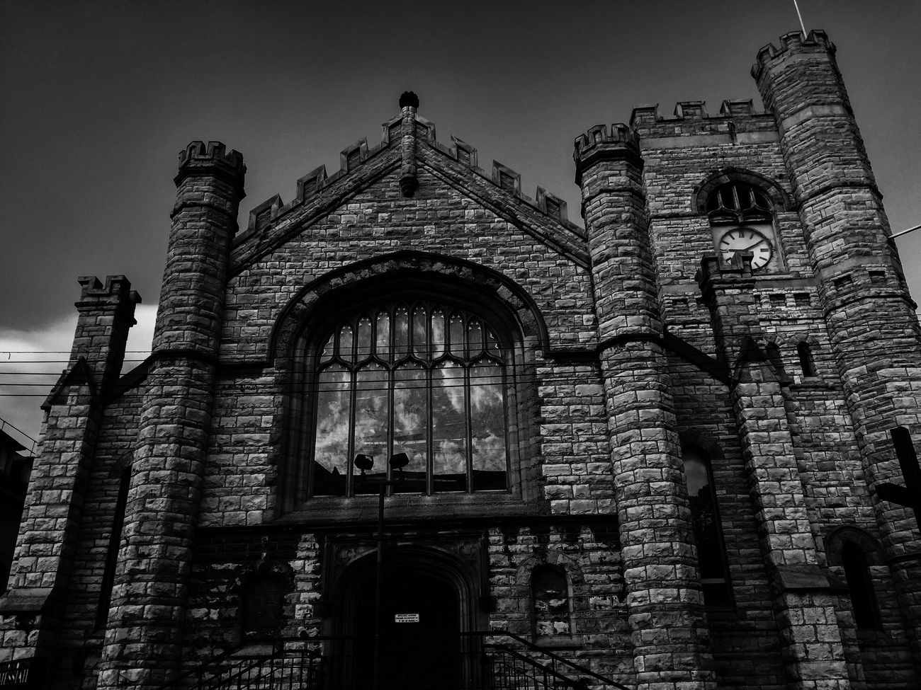 Hope all is sound friends, just pop'n in but, will be in force in the coming days...njoy Tuesday. Architecture Built Structure Low Angle View Building Exterior Arch History Sky Church Historic Place Of Worship Architectural Feature Old My Favorite Place EyeEm Best Shots EE_Daily: Black And White Bw_collection Blackandwhite Black And White EyeEm Best Shots - Black + White Shootermag EyeEmBestPics Darkness Outdoors Light-Play Bw_lover