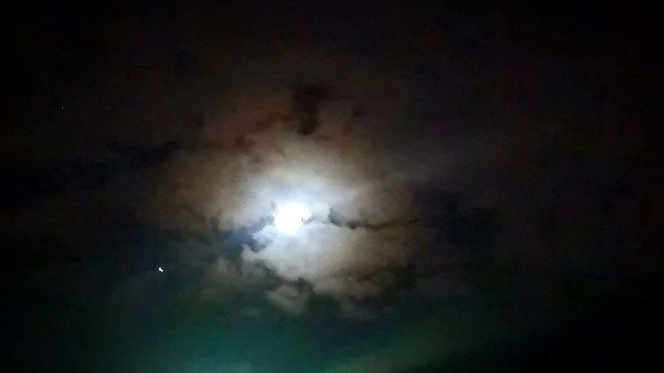 Moon Love Mom Sky And Clouds Skype Clouds Colors Night Colombia ♥
