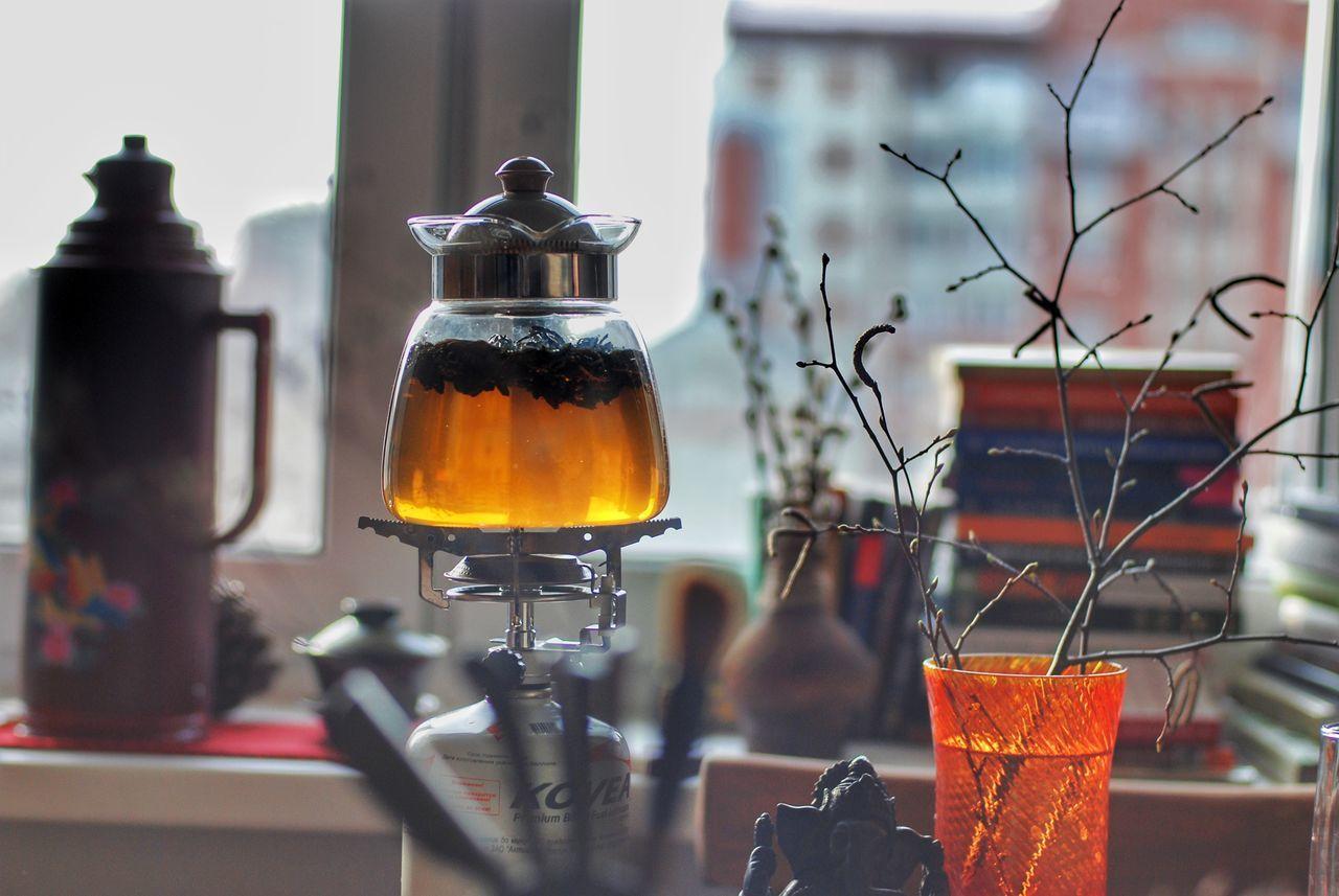 Indoors  Food And Drink Refreshment No People Spraying Drink Day Close-up Freshness Tea Tea Time Tea - Hot Drink Tea Cup Teapot Самара Чай чайнаяцеремония чайныйпьяница чаепитие EyeEmNewHere Resist EyeEm Diversity