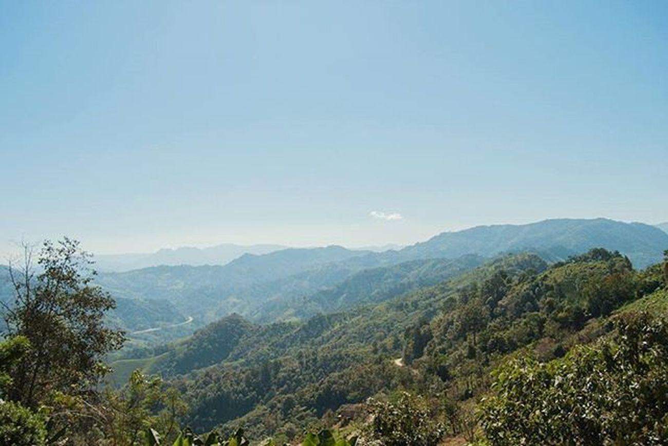 En Ozomatlan me siento la reina del mundo Landscape Natural Colorful Beautifulplace Amazingplace Sky Skylovers Comewithme Peace Misviajesmexicodesconocido