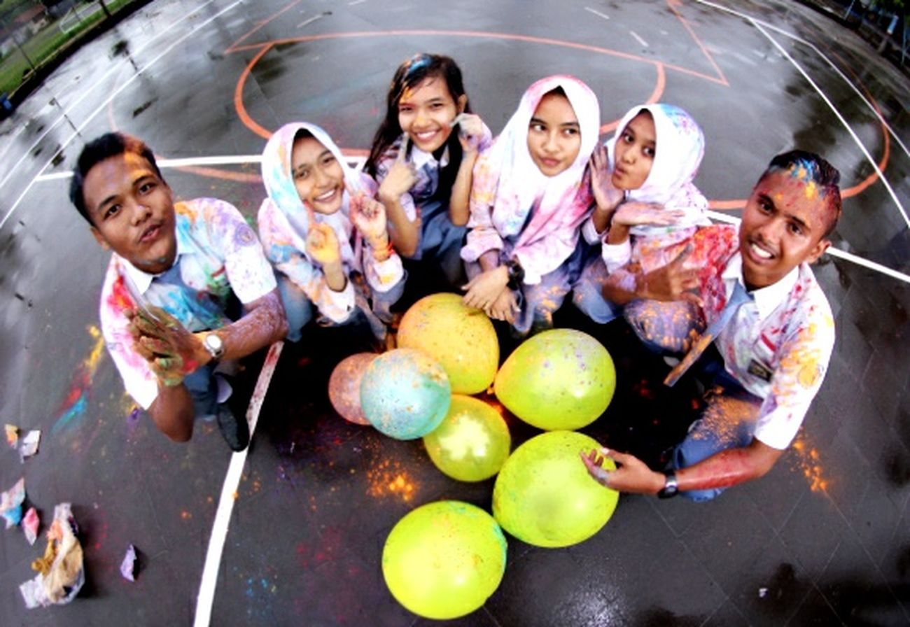 Year Book Holi Squad Fisheye SlrCamera Uniform School Take Photos