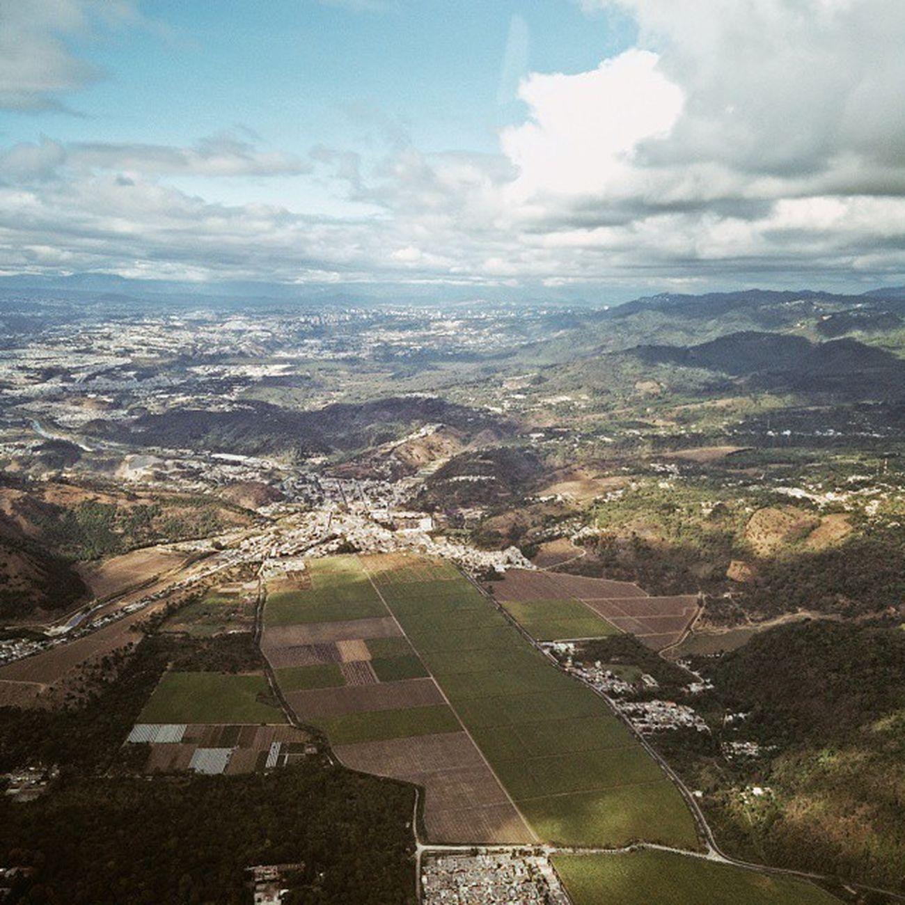 Mi primera vista de Guatemala Vscocam Bienvenidos Guate viaje. upintheair