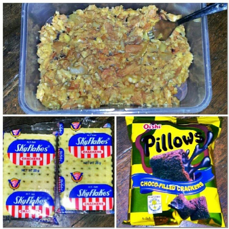 My sunday morning. Tuna and eggs, skyflakes and pillows for the chocolate dose. CenturyTuna Skyflakes Pillows Chocolateaddict morningmunch