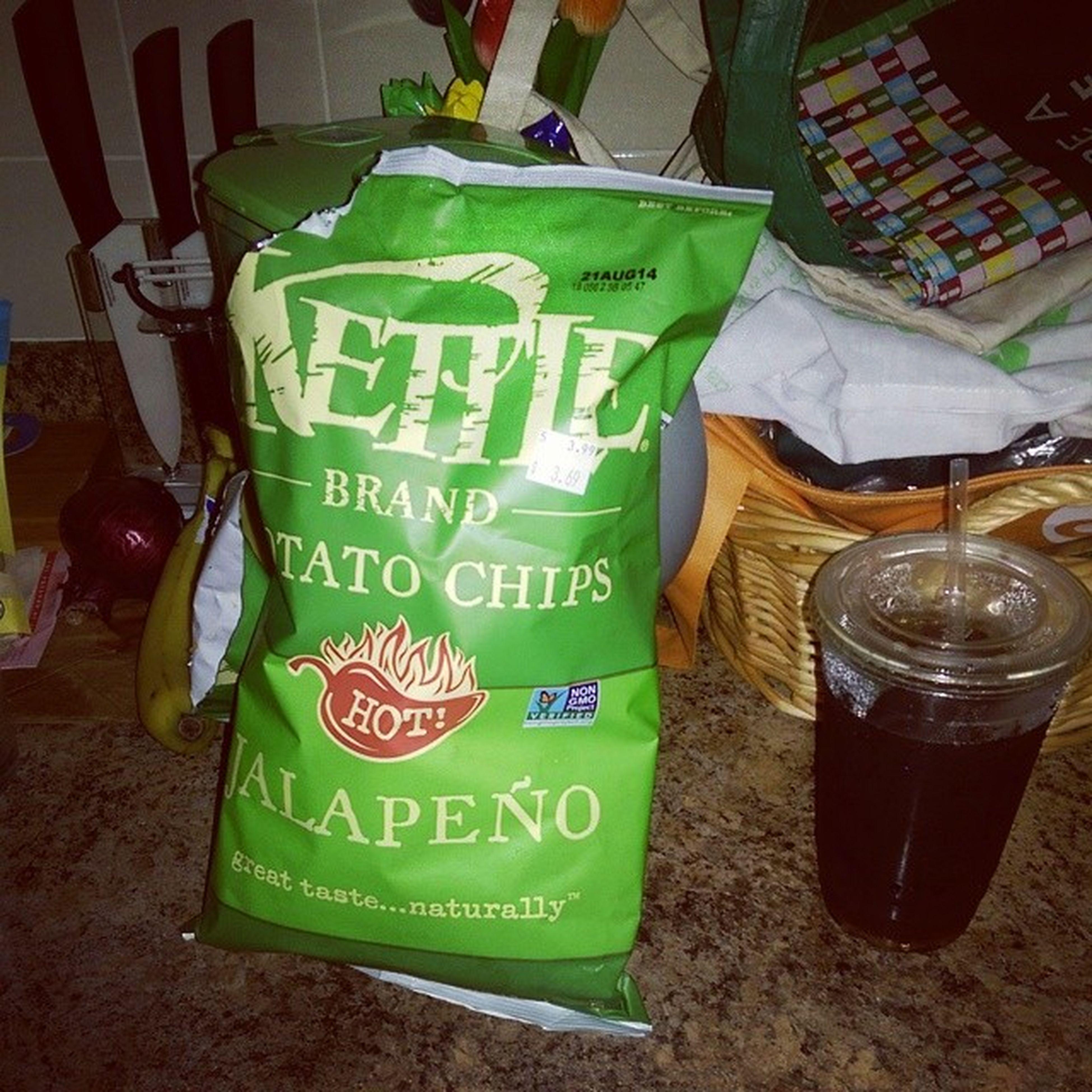 Minticedtea and Kettlebrand Jalapeno Hot potatochips yummy