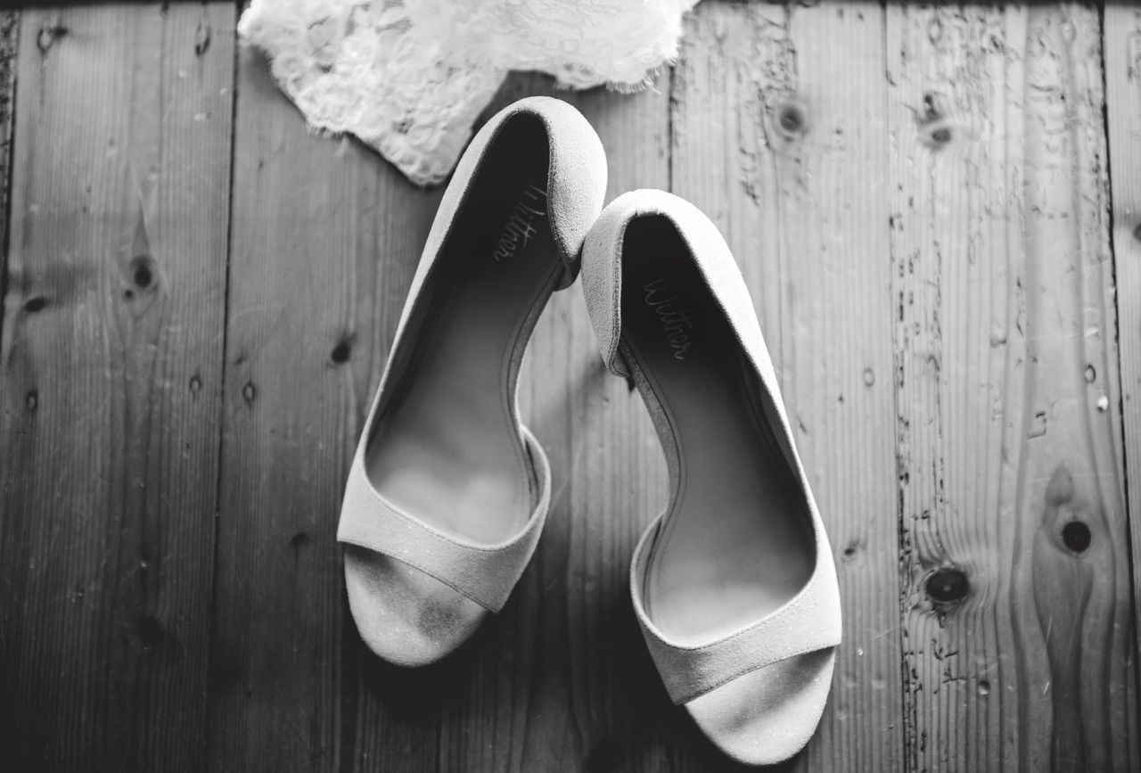 Two Is Better Than One the pair of them get you walking to the one and only 💕 Monochrome Photography Minimalmood Minimalistic Eyeemphoto EyeEm Best Edits EyeEmBestPics EyeEm Gallery EyeEm Best Shots Melbourne City EyeEm Best Shots - Black + White Black&white Wedding Photography Wedding Day Wedding Shoes Wedding MelbournePhotographer Weddingphotography Black & White Classic Wedding Details Bride Shoes Shoes Black And White Collection  A Bird's Eye View