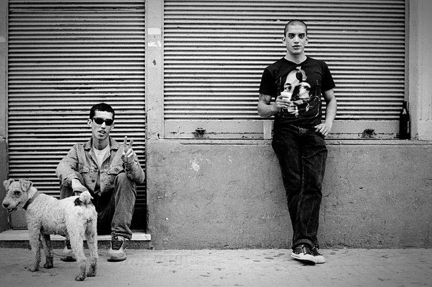 En la calle, libertad Open Edit Enjoying Life Streetphotography Shades Of Grey Black & White Monochrome Happy People Sudakas Citylife 35mm Film en Bsso Bs As Arggg
