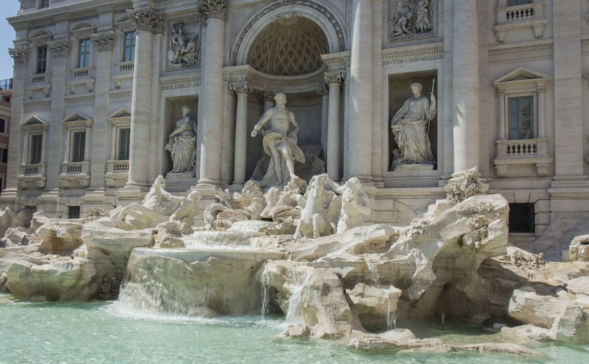 Architectural Column Architecture Art And Craft Building Exterior Built Structure Day Eternal City Eye4photography  EyeEm EyeEm Gallery EyeEm Nature Lover EyeEmNewHere History Human Representation No People Outdoors Sculpture Statue Tourism Travel Travel Destinations Trevi Fountain Water