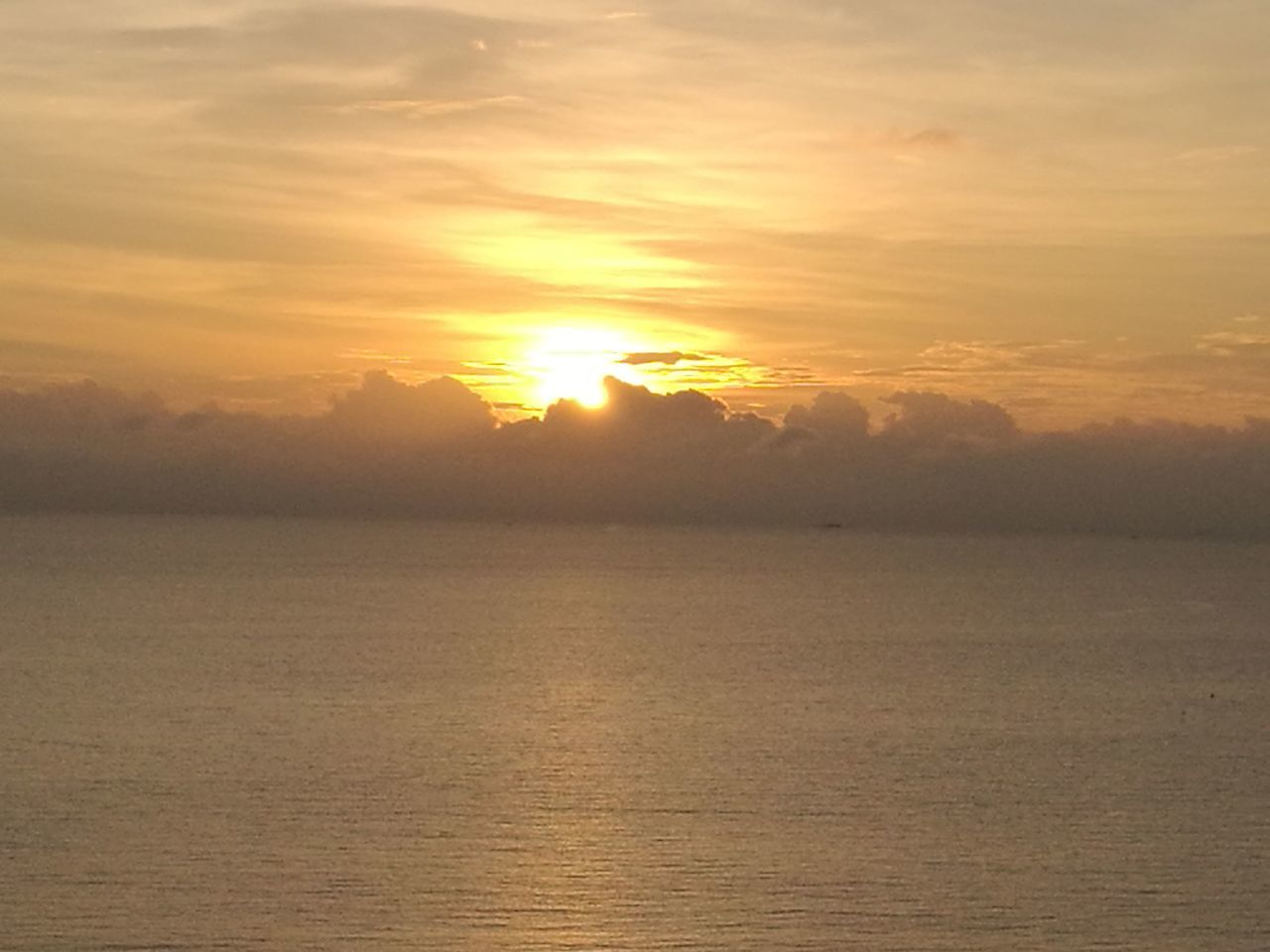 sunset, sea, nature, scenics, tranquility, sun, beauty in nature, tranquil scene, water, no people, sky, outdoors, horizon over water