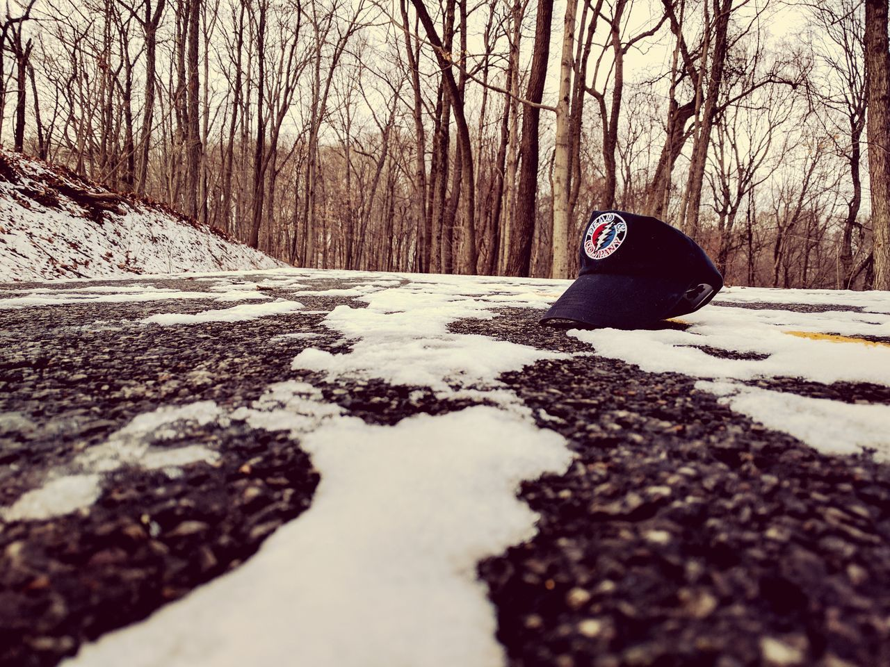 Greatful Dead Winter Snow Nature Beauty In Nature Greatful Dead Hat Road Hiking Beauty In Nature Lonely Objects