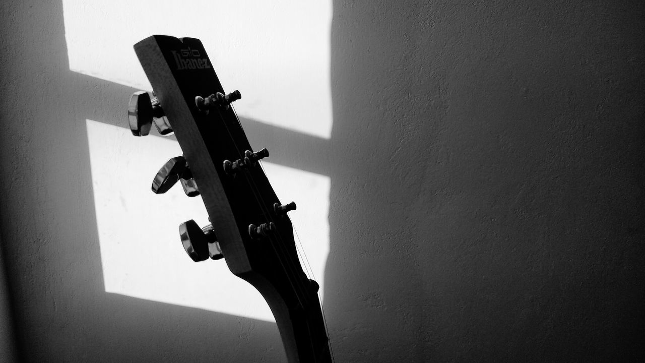 Photography Blackandwhite Photography Streetphotography Mexicanphotographer Black And White Close-up Guitar