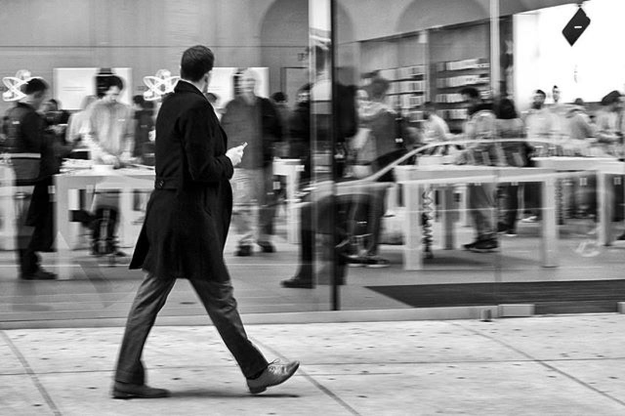 Window Shopping Street Streetphotography Streetphotographer Streetdreamsmag Philadelphia Philly Igers_philly Igers_philly_street Savephilly Whyilovephilly Howphillyseesphilly Peopledelphia Blackandwhite Bnw_igers Bnw_life Bnw_captures Bnw_society Bnw_city Bnw_magazine Bnw Bw Rustlord_street Rustlord_bnw Rsa_streetview Rsa_bnw ig_contrast_bnw loves_noir masters_in_bnw