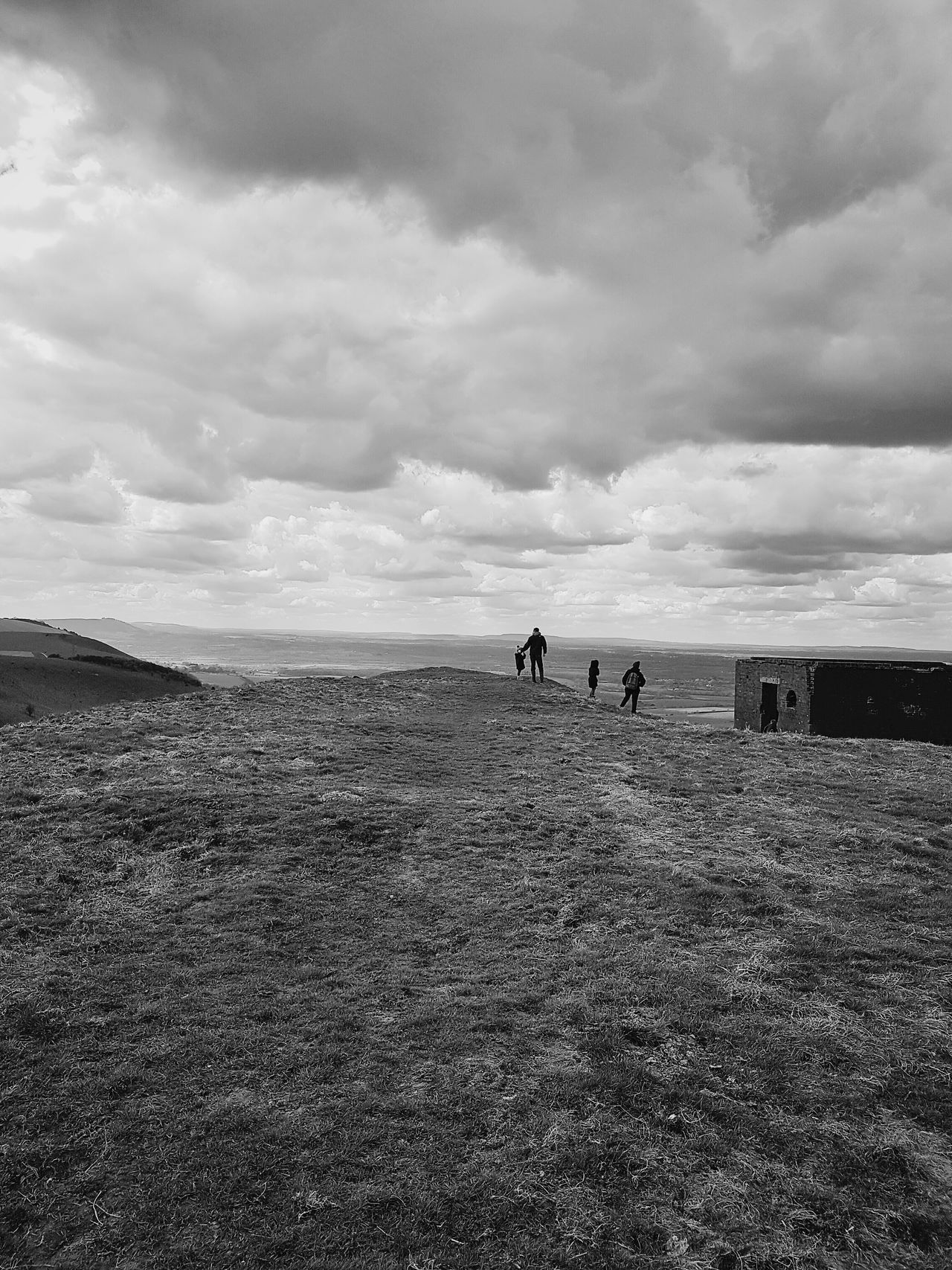 Family Silhouettes Silhouette Black And White Landscapes Landscape Landscape Nature Photography [a:30153] England Visualize Copy Space Visualization Grey Grey Sky Valley Viewing Platform Viewing Clouds And Sky View From Above Viewpoint Birds Eye View Panoramic Panorama Panoramic Landscape The Great Outdoors With Adobe