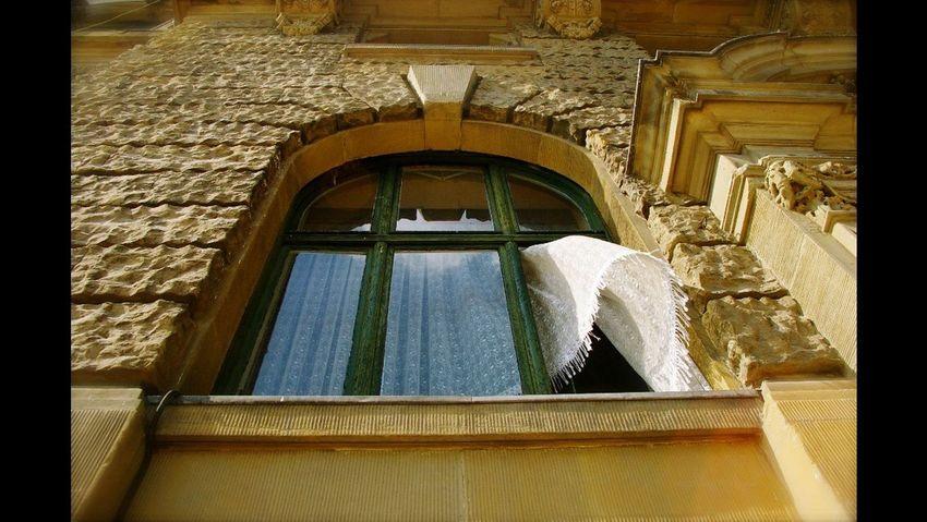 Window Low Angle View Wall Dramatic Angles Streetphotography