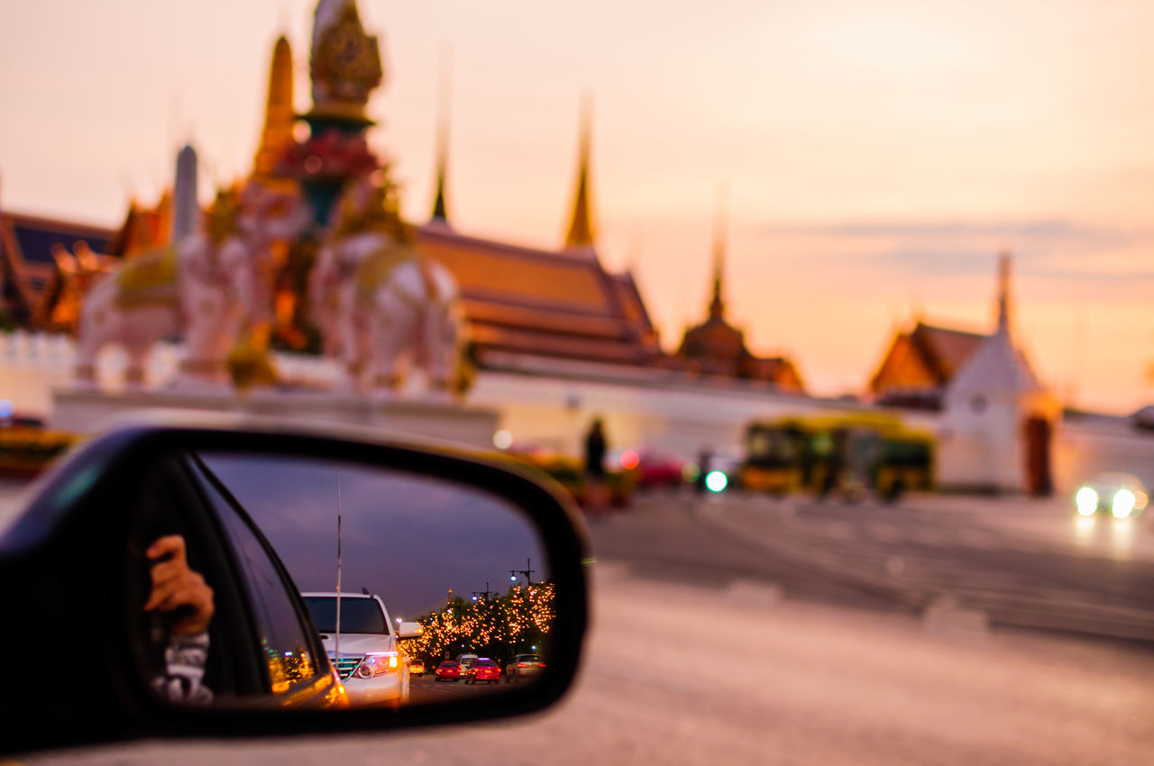 Traffic jam in front of Royal Grand Palace, Bangkok ,Thailand Bangkok Bokeh Destination Dof Evening Golden Hour Grand Palace Bangkok Thailand Sky Temple Thailand Tourism Traffic Jam Travel