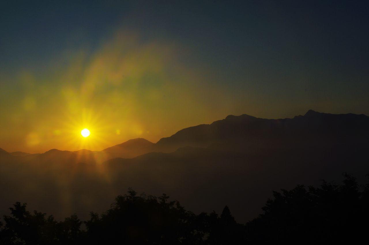 阿里山日出, The Dawn of Alishan Alishan Alishan,Taiwan Beginning Blue Sky Breaking Dawn Dawn Sunshine 阿里山 阿里山日出
