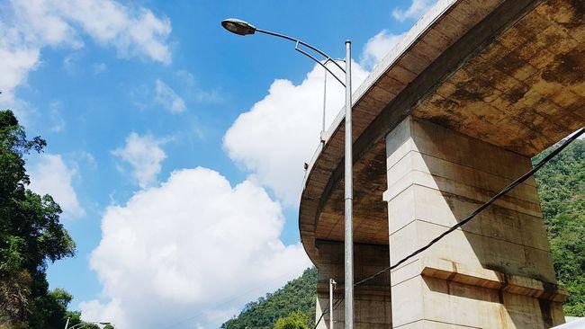 Lampu Kelokan Kelok9 SumateraBarat Lamppost
