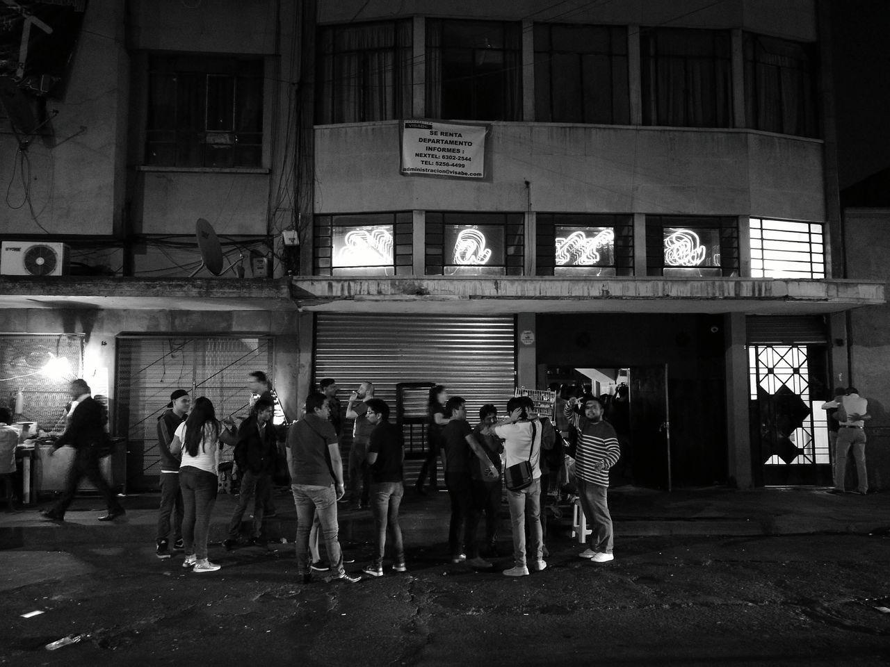Night Large Group Of People Huawei P9 Leica HuaweiP9 Blancoynegro Blackandwhite Noche Closed Door Illuminated Cerrado Mexico City City Mexico Centrohistorico Centrohistoricodf Elmarra Marrakech Disco People HuaweiP9