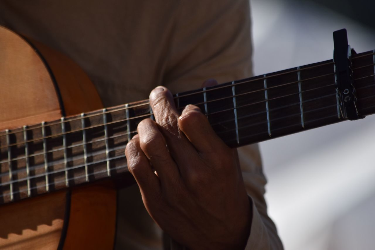 Music Musical Instrument Guitar Human Hand Playing Musical Equipment Leisure Activity Indoors  Musical Instrument String Acoustic Guitar One Person Plucking An Instrument Arts Culture And Entertainment Fretboard Men Real People Midsection Musician Human Body Part Lifestyles Let's Do It Chic! EyeEm Best Shots Exceptional Photographs Respect For The Good Taste