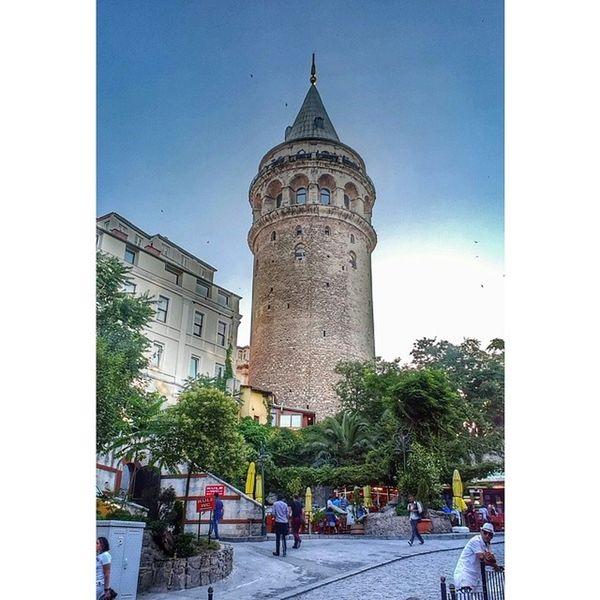 Kuledibi Istanbul Galatatower Insta Instagood Instamood Instagrid Aniyakala VSCO Vscocam Vscogrid Vscomania Photooftheday Picoftheday Instadaily Pictureoftheday