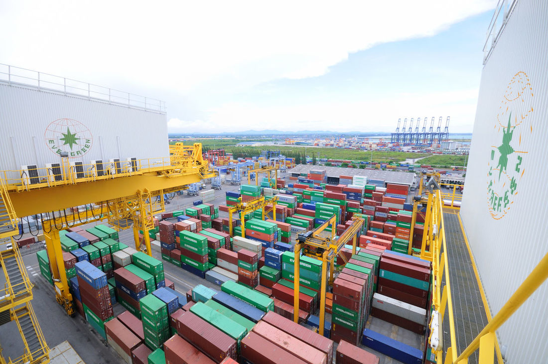 Backgrounds Block Container Cranes Cranes And Construction Customs Economy Export Gantry Cranes Gate Import Logistic Logistics Low Angle View Quay Cranes Quay Gantry Cranes Shipping  Stack Terminal Tier Top View Track Truck Warehouse Yard