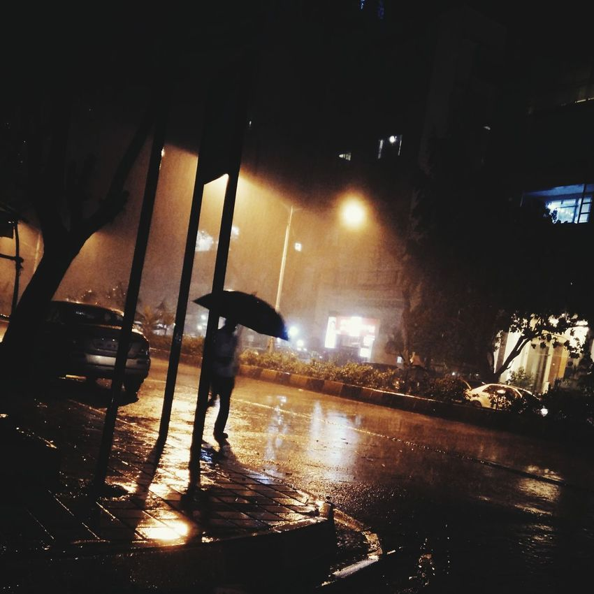 Rainynight Mumbaistreets Silhouette Lonelyroad Boulevardofbrokendreams Welcome To Black Welcome To Black