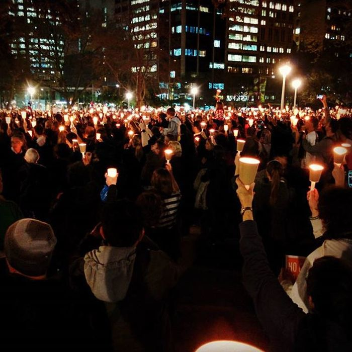 Hyde Park lit up by thousands of candles to support Refugeeswelcome in Sydney. LightTheDark
