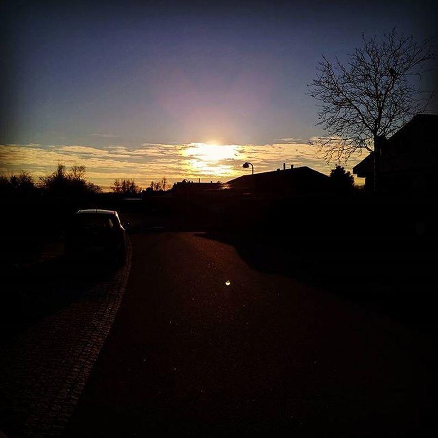 Sunset behind clouds Googlenexus Huaweinexus6p Huawei Nexus6P HDR Sunset Clouds Winter Noshow Denmark Nordsjælland