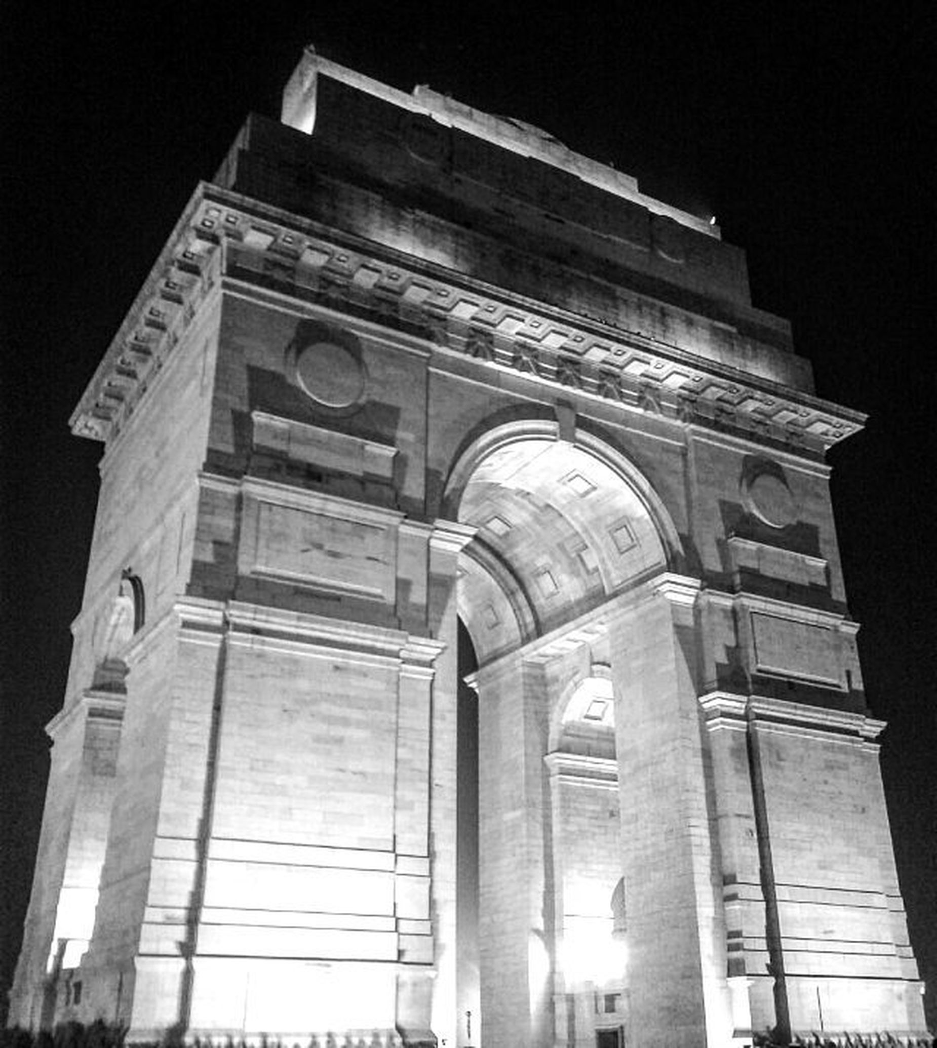 TheIndiaGate (All_India_war_Memorial)DesignedbySirEdwinLutyens Used for those who died in the period in the first world war. Framedindiagate Mytraveldiary Framedsymphonies Wanderlust Wanderer India Incredibleindia Proud Mobilephotography AnshumanShuklaPhotography