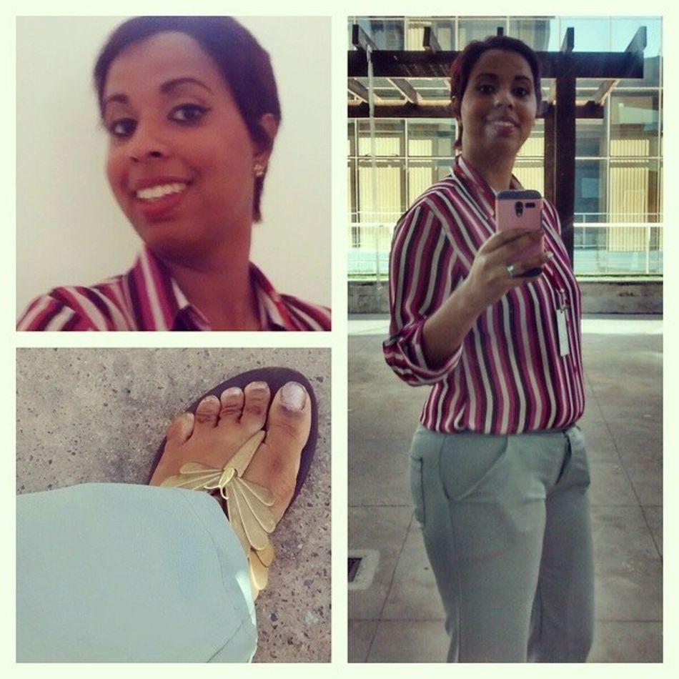 10°dia- Fico feliz de poder vim trabalhar mais a vontade! A escolhida de hoje foi a sandália mesmo kkk Ta certo que não é sexta, mas pra mim ta valendo! Foda -se Soudessejeitomesmo Jessikeny100happy 100happydays
