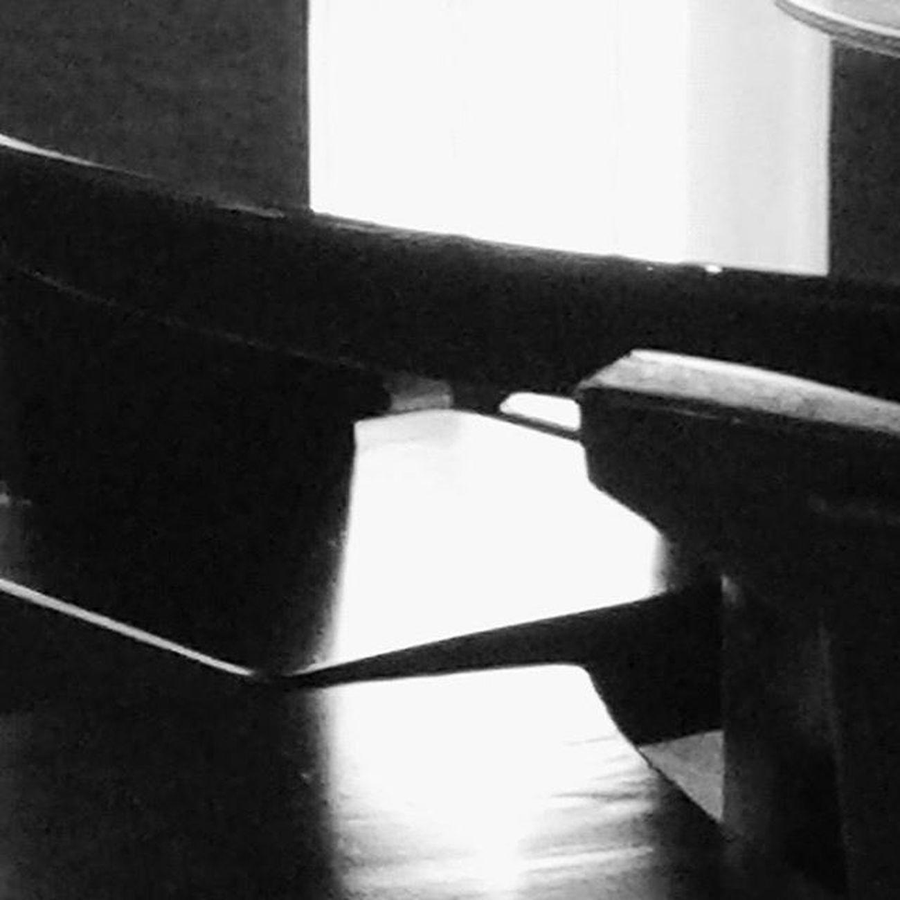 Dimensiones paralelas. Monochrome Monocromo Paisajeinterior Inscape indoor mindscape psiconauta psychonaut nomada granada