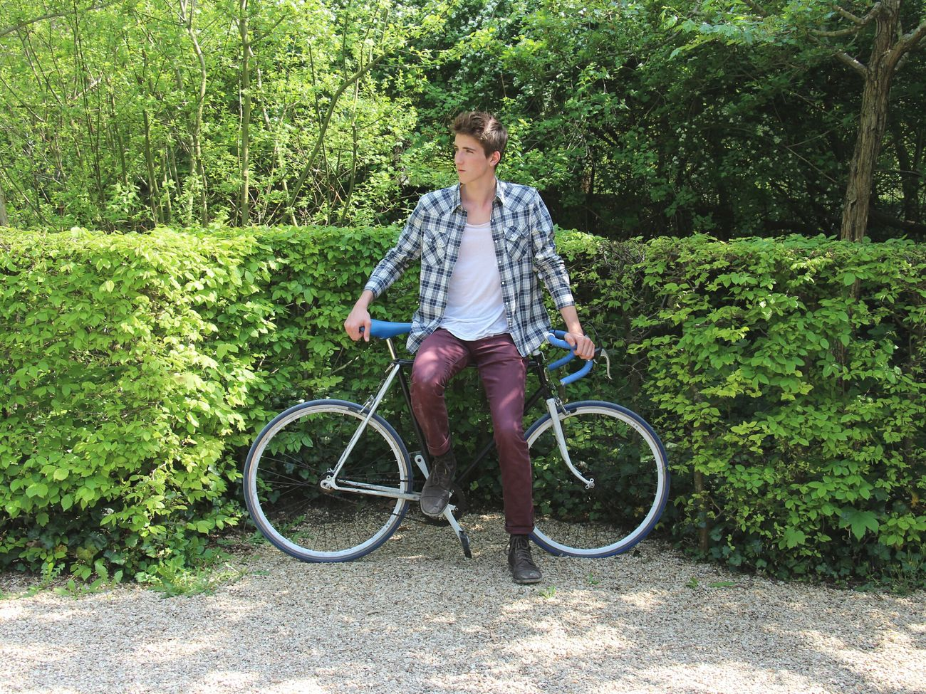 Taking photos with Friends and our Fixie in Le Parc de Sceaux. That's Me Hanging Out Taking Pictures People Model Nature EyeEm Best Shots EyeEm Nature Lover