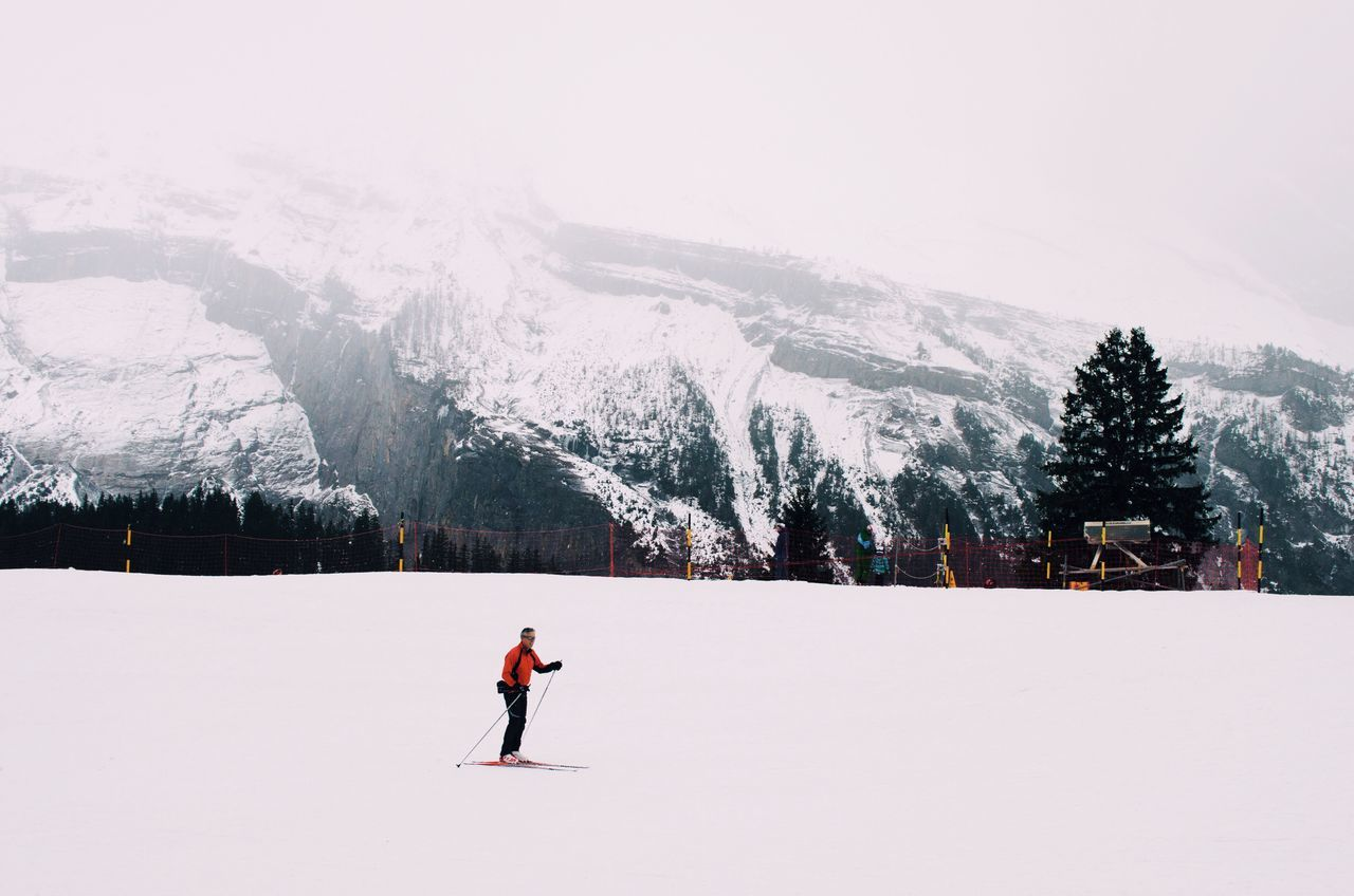 It's Cold Outside Showcase: January Snow Mountains Skiing Red White Snowing Landscape Snowy Mountains Nature Sport People Simplicity Cold Cold Temperature Winter January Landscapes With WhiteWall The Great Outdoors - 2016 EyeEm Awards