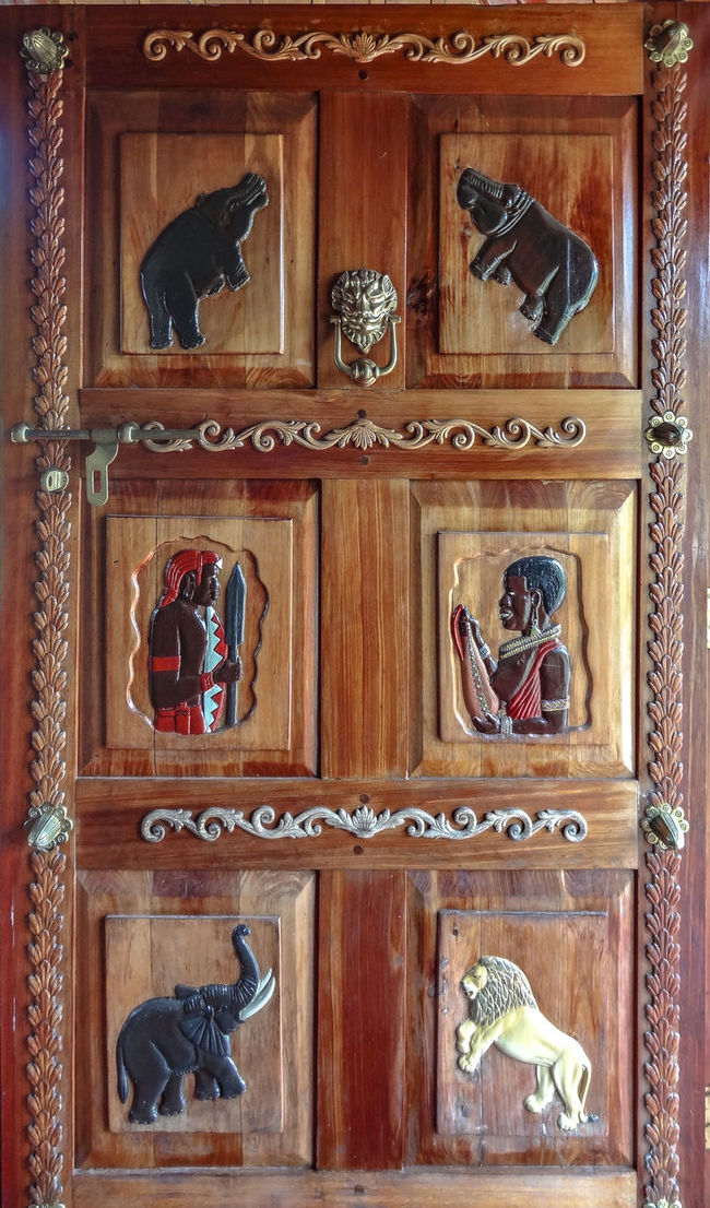 African Art Antique Art Beautiful Door Close-up Colour Of Life Full Frame Old Ornate Pivotal Ideas Rickeherbertphotography Rickephotography What's On The Roll Wood - Material Wooden