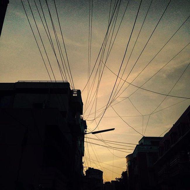 Raise your glass!! Light Wires Evening Sunset Instapic Photooftheday IPhone Bengaluru Namma_bengaluru Nammakarnatakamemes Exposure Low Tagsforlike Raiseyourglass Vamp Bangalore_insta