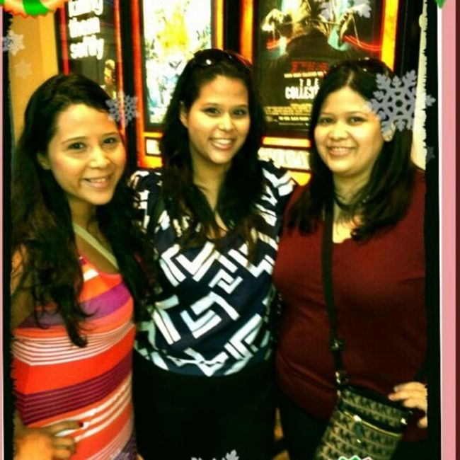 There is nothing that can brake us. I am so thankful for my sisters Alwaysthere Throughthegoodandbad VJC BestFriendsForLife aintnobodyfuckingwithmyclique @vani7980 @jessica_lissette I had an amazing day today ♥♥