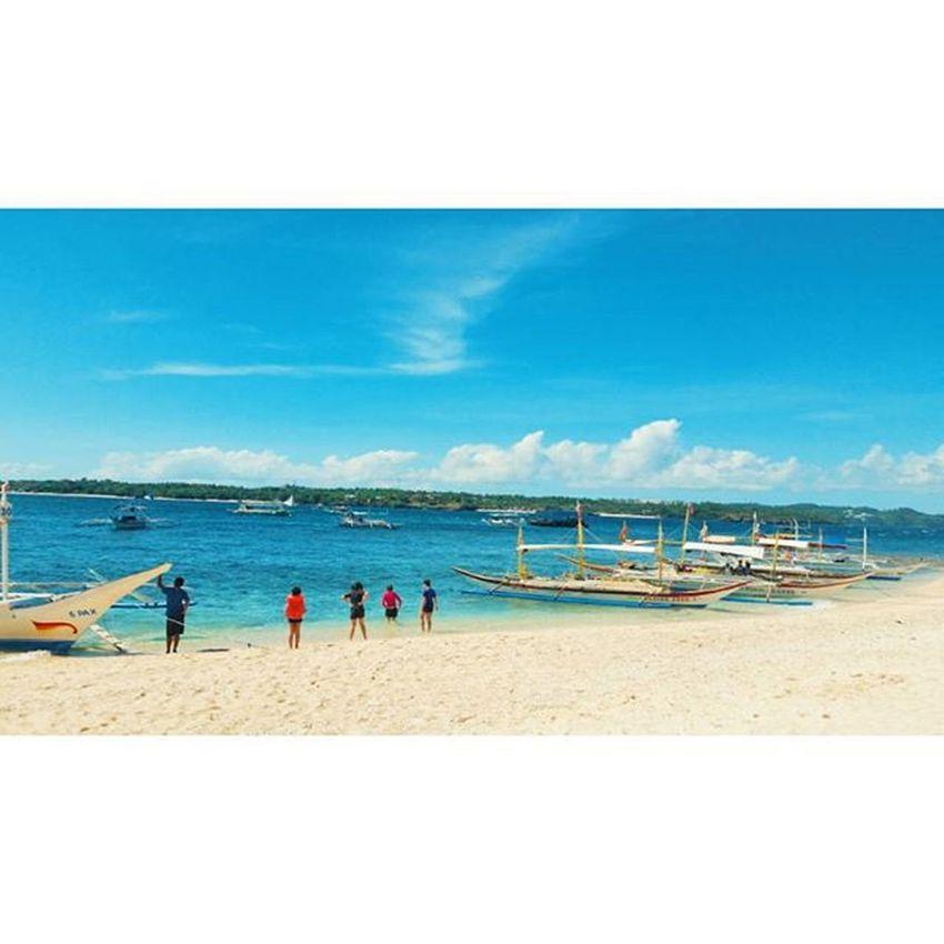 파란색을 보고 있는건 너무나도 행복한 일이야 Whitebeach 화이트비치 Boracay Paradise 보라카이여행 보라카이 여행 여행스타그램 우정여행 @yyyyhana