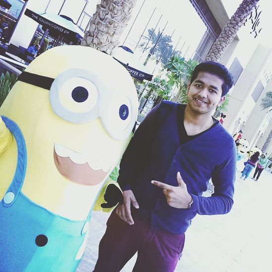 Enjoying Life Hello World That's Me Meeting Friends UAE Abu Dhabi Minion