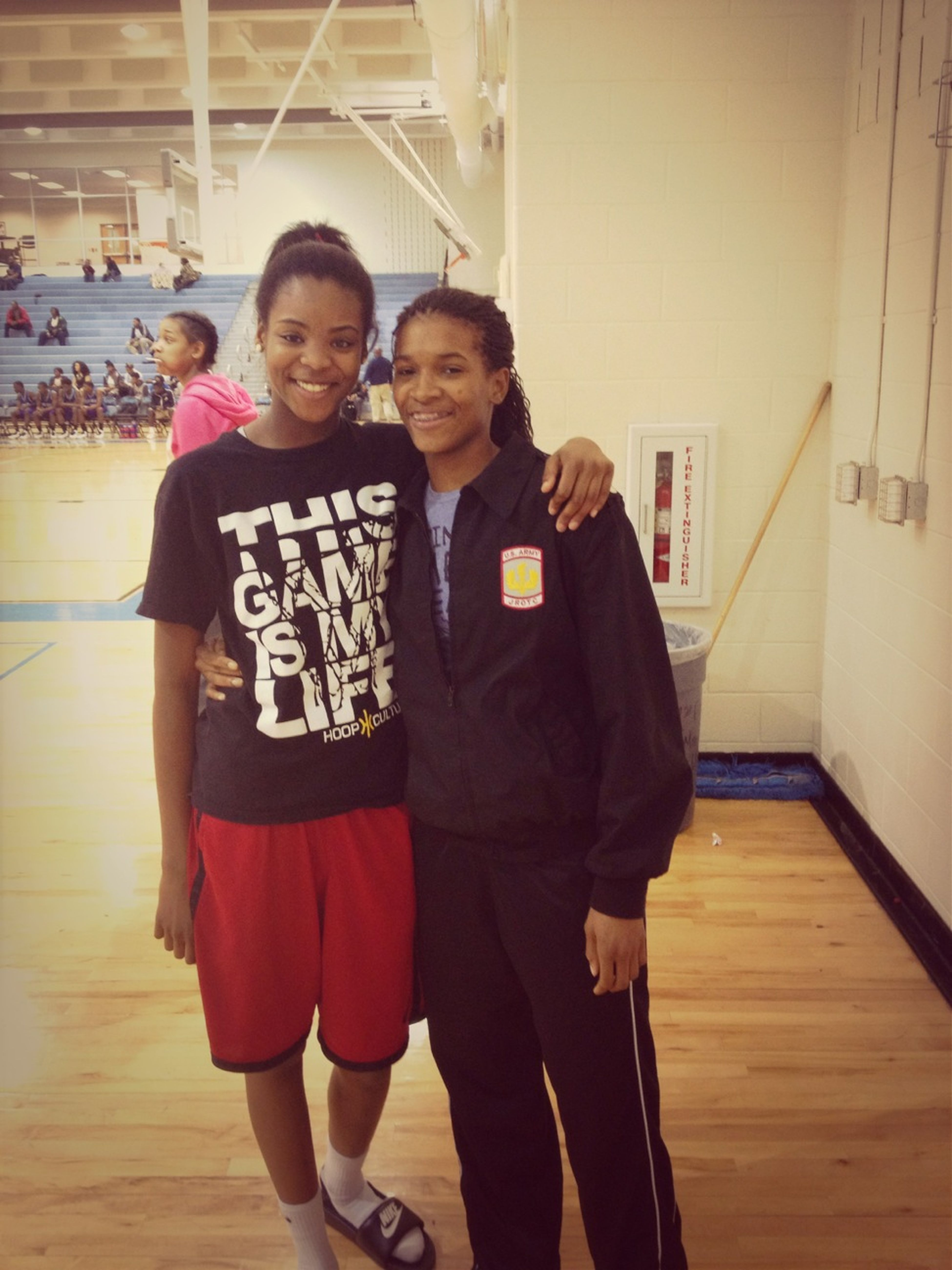 Me N The Lil Big Suh At The Jv Mays Game