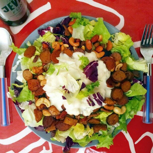 …and today (und nun / et maintenant): Salad + #vegan chorizo and bratwurst by #Wheaty & smoked #tofu, roasted with cashew nuts & almonds + soy yogurt (by Provamel). Aaaaaaaaaand Jever Fun :) #foodporn #organic #vegetarisch #vegetarian #organic #bio #Räuch Vegan Vegetarian Foodporn Bio Organic Tofu Vegetarisch Räuchertofu Wheaty