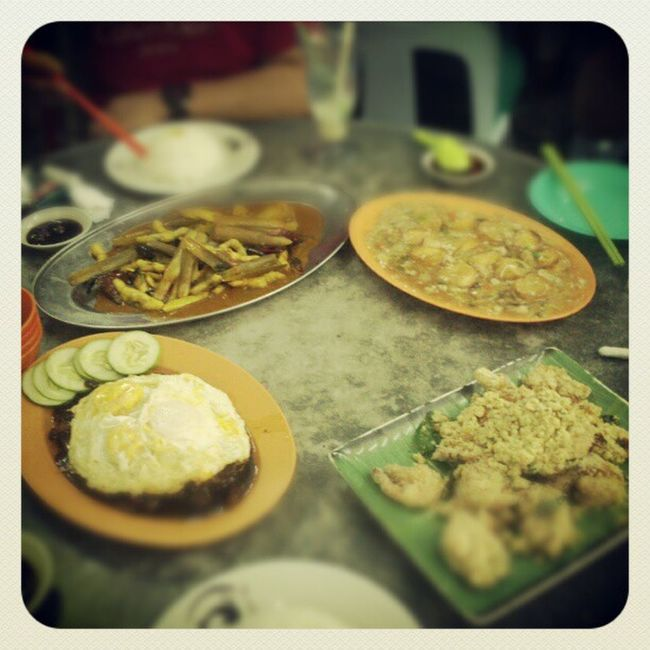 Surprisingly we manage to finish this foods!! Food Indulge Nightsnack
