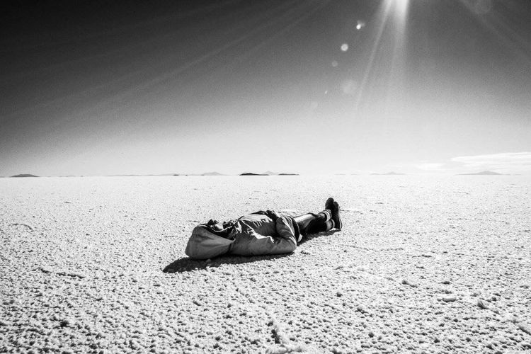 Outdoors Nature Salar De Uyuni Solitude Peace Alone Tranquility No One Desert Salt Blackandwhite