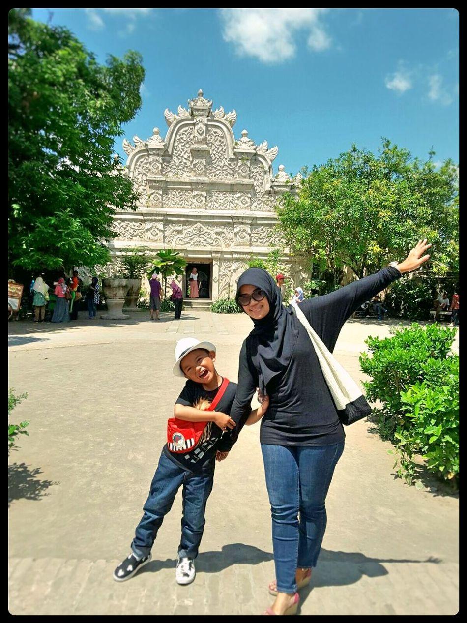 Happy face... The Tourist Yogyakarta, Indonesia Tamansariyogyakarta