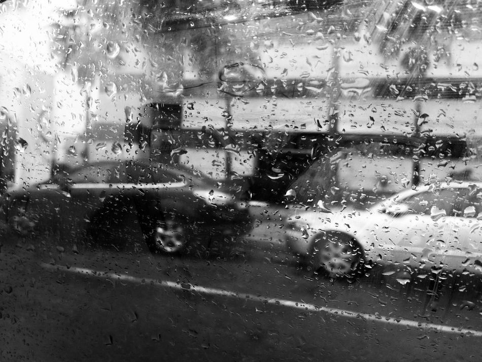 When it Rains ☔ 💦 💘 Blackandwhite Monochrome Diary Of A Pluviophile Pluviophile Dear Diary  On The Road Wet Rain Car Glass - Material Weather Window Transparent Drop Water Rainy Season Windshield Minimalistic Snapseed Mobilephotography MobileOnly Shades Of Grey From The Inside Minimalism Snow Sports Traveling Home For The Holidays Traveling Home For The Holidays