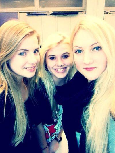 Love Friends Smile
